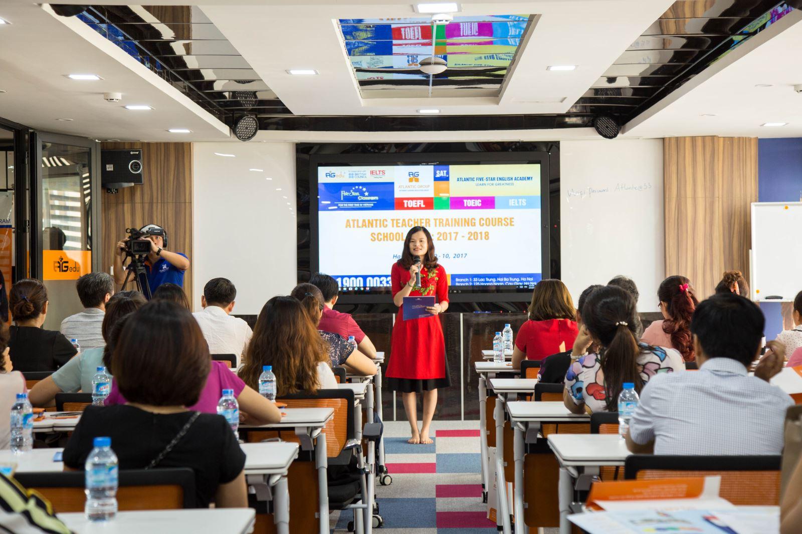 Kiến thức giảng dạy cập nhật, kỹ năng giảng dạy nâng cao, giúp sinh viên tiếp thu kiến thức tốt