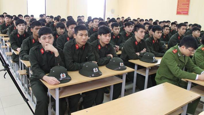 Học nghĩa vụ quân sự rồi lựa chọn thi trường an ninh là 1 cách để vào chuyên nghiệp
