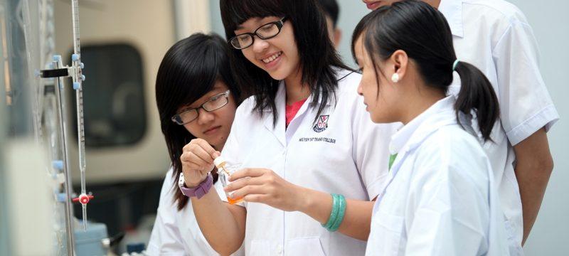 Trường cao đẳng Dược Hà Nội đăng thông tin xét tuyển tốt nghiệp THPT năm 2018